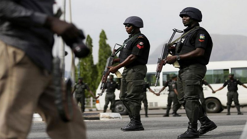 JUST IN: Police storm Afrika Shrine to halt meeting on End SARS