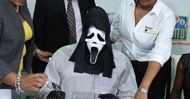 Lottery winner wears Scream mask to claim his prize to avoid money-hungry relatives