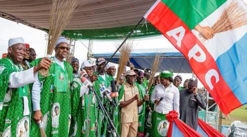 Bauchi APC chieftain dumps party