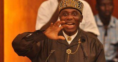 Amaechi reveals Wike's negotiation with APC for Buhari, slams Magnus Abe