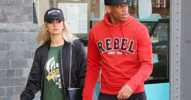 Man.United star Anthony Martial apolosgies to his fiancee after 'sleeping with a model'
